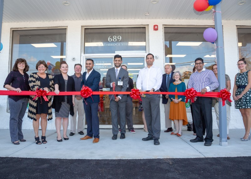 New Pharmacy Opens in Auburn